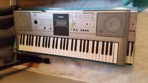 Yamaha YPT-320 61 Key Personal Keyboard (Delivery included)