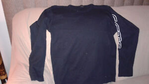 Men's long sleeve shirt size large