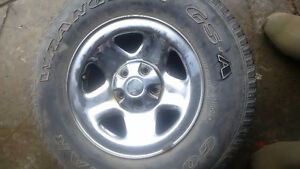 Jeep Wrangler tire and rim