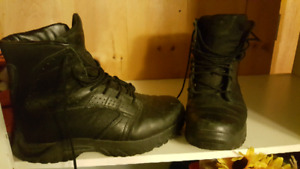 Men's Oakley tactical style boots size 11 and a half