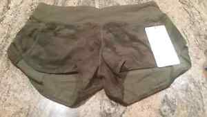 New with tags Lululemon Camo Speed Shorts size 8