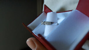 Lady's 14kt gold diamond ring Kitchener / Waterloo Kitchener Area image 2