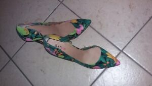 Chaussures: 20$ Seulement chaque !!!
