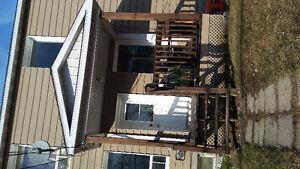 6 1/2 sur 2 étages a cowansville pour juillet
