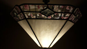 Nice 's glass shade floor lamp Oakville / Halton Region Toronto (GTA) image 2