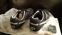 Pearl Izumi Bike Shoes- NEW IN BOX - Quest Mountain Men's 43.5
