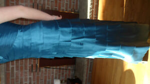 NEW - flr length teal strapless gown stretch satin Peterborough Peterborough Area image 6