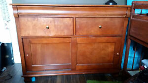 Large wooden dresser in great condition