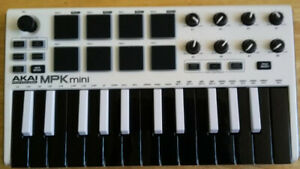 Akai MPK Mini MK2 Keyboard