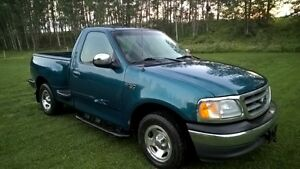 2001 Ford F-150 shortbox sidestep Pickup Truck