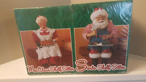Brand new in sealed pkg, Santa & Mrs Claus shelf/fireplace sitte