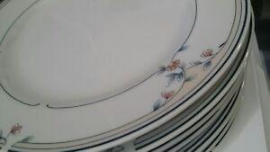 Princess House Heritage Blossom pattern dessert/salad/luncheon plate