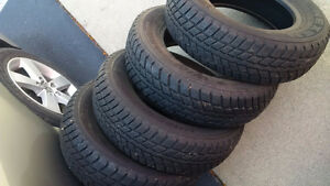 195/70/14 Winter tire set almost new
