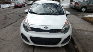 2013 Kia Rio LX Eco Hatchback Super Clean in &out A1 8 tires