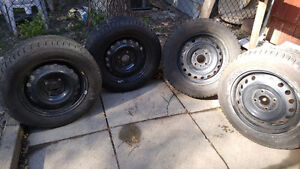Set of 4 Winter Tires 195/65/15 on Rims