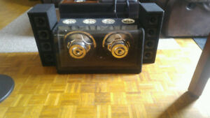 "10"" Subwoofer and Tweeters"