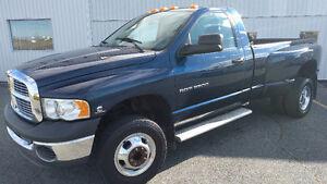 2003 Dodge RAM 3500HD 5.9L Diesel 4X4 - 219,215 KM