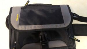Targus accessory Tablet carrying case - excellent condition