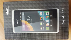 UNLOCKED Acer Liquid Z220 in mint condition