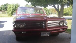 1962 Pontiac Laurentian 4 door 283 V8 Peterborough Peterborough Area image 5