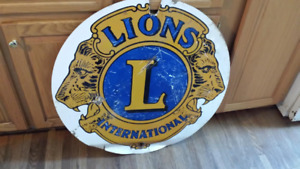 VINTAGE LIONS CLUB INTERNATIONAL SIGN;
