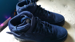 ♡ MENS NIKE AIR FORCE ONES MID 11.5 NEVER WORN♡
