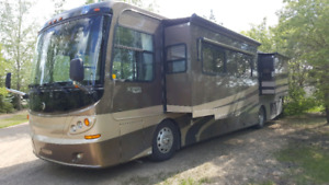2005 Holiday Rambler Scepter PST