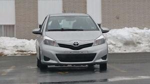 2014 Toyota Yaris se atchback sport 5 portes