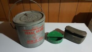 Live Bait Fishing Kit - Vintage, well built and reliable