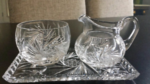 Pinwheel Crystal Cream and Sugar 3 piece Set with Tray