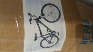 Montain Bike Cyclone new in the box. Mens 21 speed  $150.00