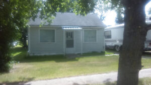 renovated and double insulated, low taxes and snowbird ready