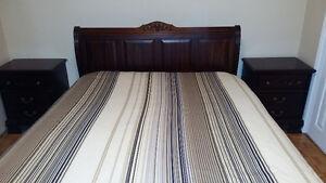 Lit queen bateau,caleche,bois franc,mobilier de chambre