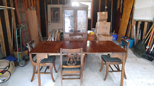 ANTIQUE Solid WOOD DUNCAN Phyfe DINING Suite, GREAT Condition!