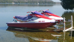 2 900 jet skies and trailer