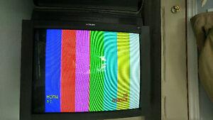 """Hitachi 36"""" Tv"""