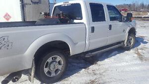 2012 Ford F250 XLT 4x4 Crew Cab Diesel Pickup Truck