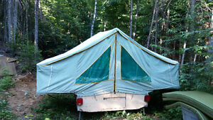 COMPACT TENT TRAILER