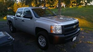 2010 Chevrolet Silverado 1500 WT - LOW MILEAGE
