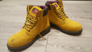 Women's Moxie Safety Boots