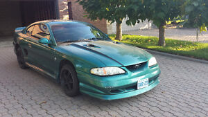 1996 Ford Mustang v6 Coupe (2 door)