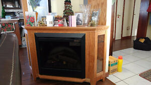 Corner Entertainment Unit with Electric Fireplace Stratford Kitchener Area image 2