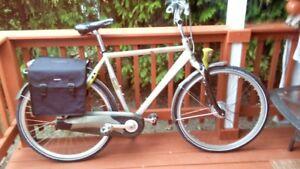 Batavus NuVinci Men's Dutch Bike (L)