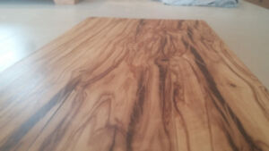 Italian Olivewood serving board/cheese board