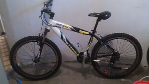 Cannondell Red Bull SI mountain bike