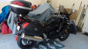 650 GSX-F ABS SUZUKI MOTORCYCLE. SHOW ROOM CONDITION!