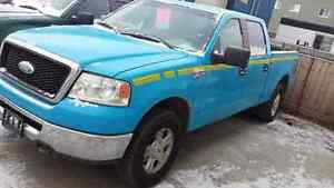 2008 Ford F-150 XLT 4x4 = CREW CAB = $2999 !!! READY FOR WINTER