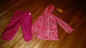 Rain coat and splash pants size 4