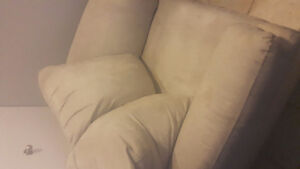 Beige chair for sale. Great condition West Island Greater Montréal image 1