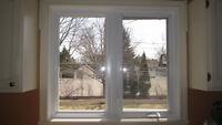 Fenêtres en PVC de couleur ivore